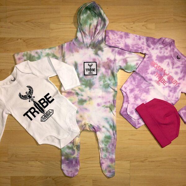 A Baby tie dye onsie set